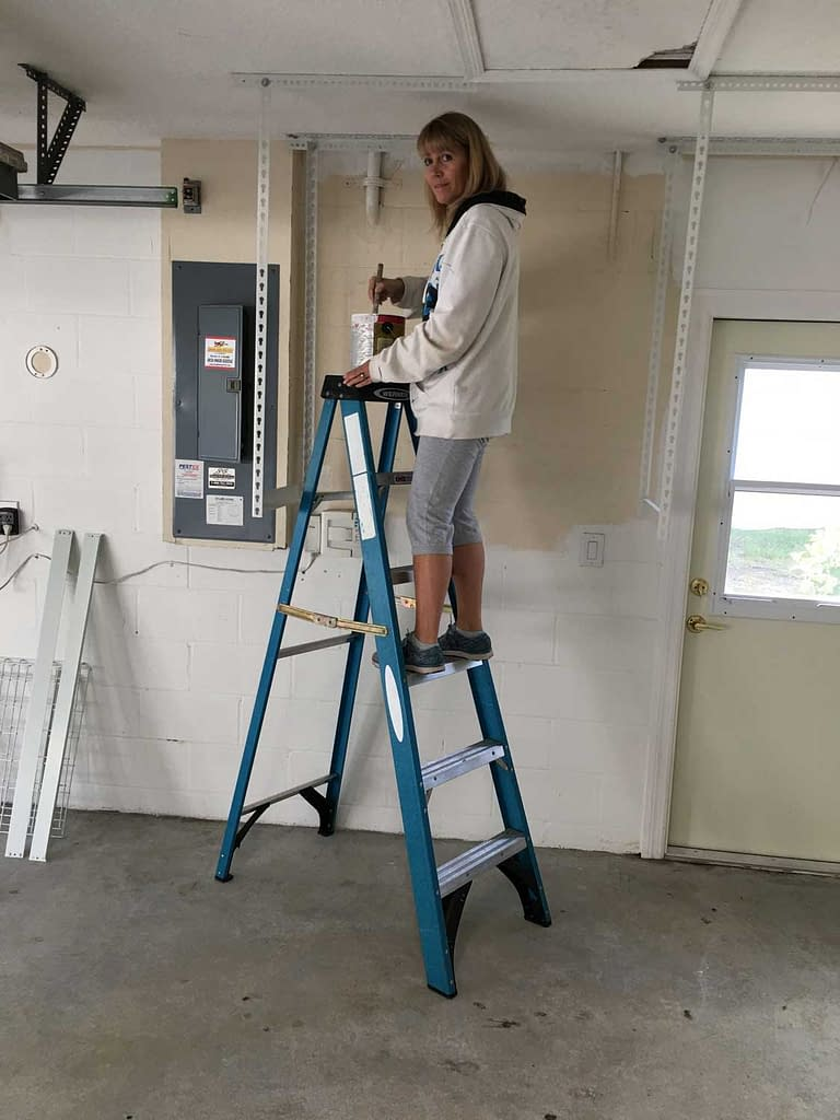 painting the garage